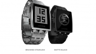 Get.pebble.com Tech Specs DIMENSIONS Case: 46mm L × 34mm W × 10.5mm T Weight: 56g / 1.97oz (including standard band) WIRELESS Bluetooth 4.0 DISPLAY 1.26-inch, 144 × 168 pixel e-paper...