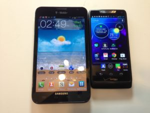 Samsung Galaxy Note vs. Motorola Droid Razr M Review