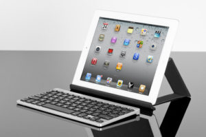 Zagg Keys Flex Bluetooth Keyboard Review @Zaggdaily - The Chris Voss Show