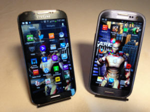 Samsung Galaxy S4 vs Samsung Galaxy S3 #attmobilereview - The Chris Voss Show