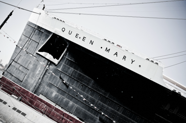 Queen Mary bow Chris Voss Photography